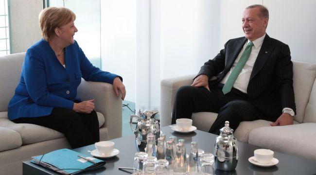 Merkel: Almanya Olarak İstikrarlı Bir Türkiye İstemekteyiz