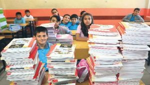 Öğrencilere 141 milyon ders kitabı dağıtılacak