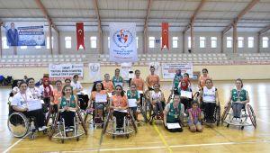 Tekerlekli Sandalye Basketbol Kadınlar Türkiye Şampiyonası bu yıl İstanbul'da gerçekleşti