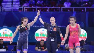 Kadınlar 59 kiloda milli güreşçi Elif Jale Yeşilırmak, finale yükseldi