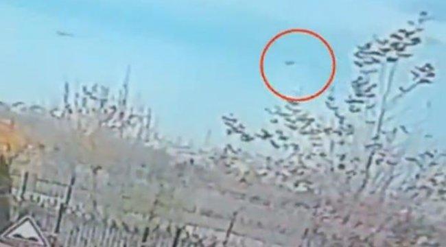 İşte İstanbul'da askeri helikopterin düşme anı