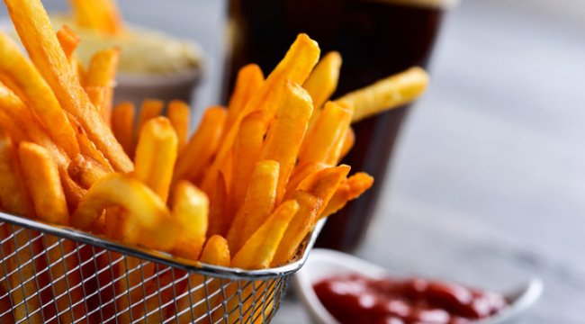 Uzmanlar uyarıyor: Kızarmış patates cinselliği öldürüyor