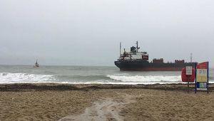 İngiltere'de Rus kargo gemisi karaya oturdu