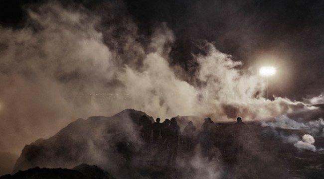 ABD sınır muhafızları göçmenlere biber gazı sıktı