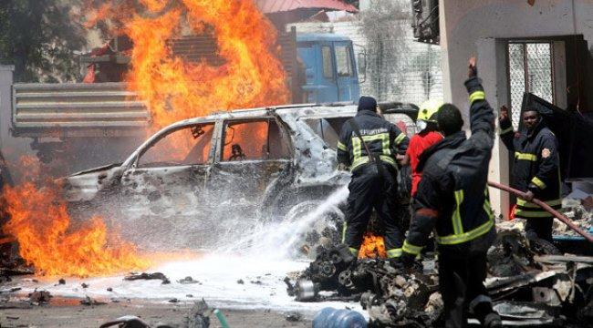 Son dakika... Somali'de patlama ve silah sesleri