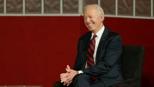ABD'de iki kadından Biden'a suçlama: 'Bize uygunsuz şekilde dokundu'
