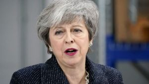 May'den Brexit'e yeni erteleme açıklaması