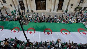 Cezayir'de aday çıkmadı