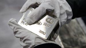 Paladyum ve platin ABD piyasaları açılışı öncesi yüzde 1.0'in üzerinde düştü