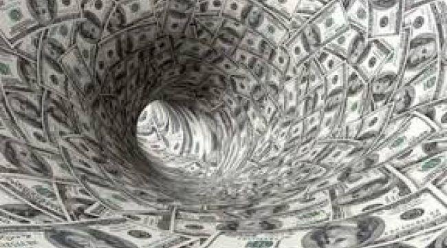 Vatandaşların dolar birikimleri azaldı