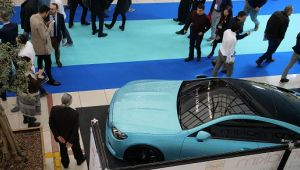 250 bin TL'lik swarovski taşla kaplı otomobil FESPA Eurasia'da