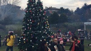 Etiler Sanatçılar Parkı'nda Aralık çok sıcak