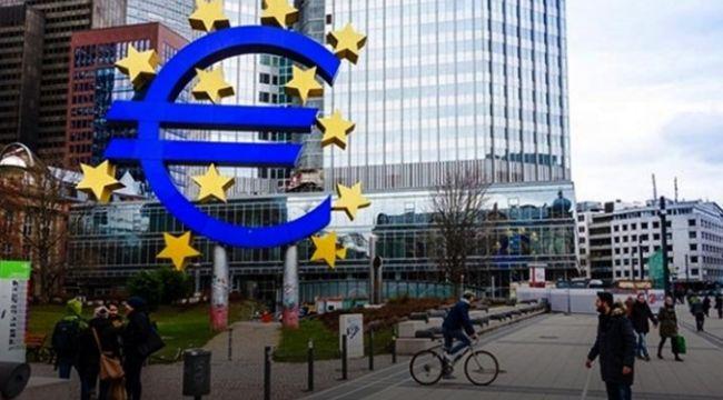 Euro Bölgesi`nde şirket kredileri yerinde saydı