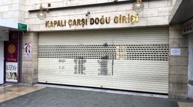 Kapalıçarşı kapatıldı... Serbest piyasada döviz ve altın alışverişi yapılmıyor