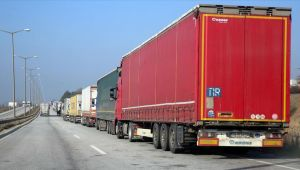 Semptomu olmayan Türk şoförler karantina dolmadan Irak-İran hariç dışarı çıkacak