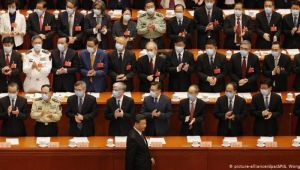 Tartışmalı Hong Kong yasası parlamentodan geçti