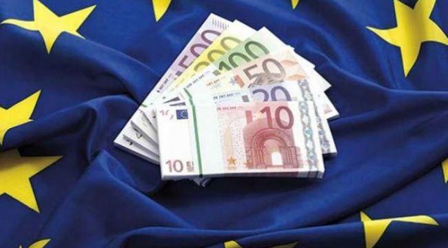 AB Konseyi 750 milyar euroluk kurtarma fonu kurulmasını teklif etti