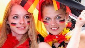 Alman milletvekilleri Türkiye'ye seyahat uyarısının kaldırılmasını istedi