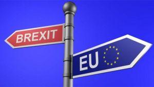 İngiltere, AB ile anlaşmaya varmak için Brexit yasasında düzenleme yapmaya hazırlanıyor