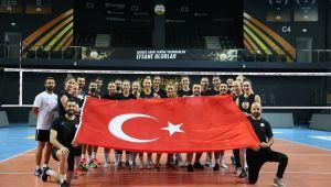 VakıfBank'ın kızlarından bayram hediyesi:Guidetti: ''Türk bayrağını dünyanın her yerinde dalgalandırıyoruz''