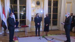İtalyan Yazardan Macron'a El Sisi'ye Onur Nişanı Protestosu