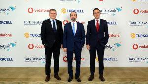 3 GSM operatöründen tarihi anlaşma Bilim ve Teknoloji