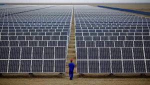 Çin'de yenilenebilir enerji yüzde 8.4 büyüyerek 2 trilyon kWh'yi geçti