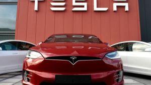 Tesla, dokunmatik ekran arızası nedeniyle 135 bin aracını geri çağıracak