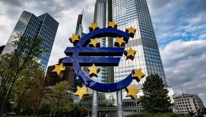 AB'den, Nomura, UBS ve UniCredit'e 371 milyon euro kartel cezası