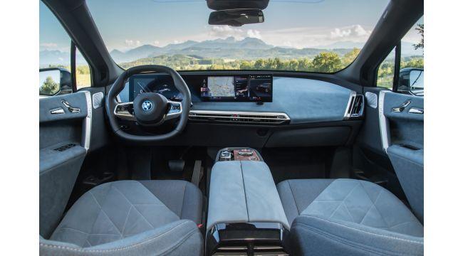 BMW'nin Elektrikli Mobilite Alanındaki Amiral Gemisi iX Ön Siparişe Açıldı