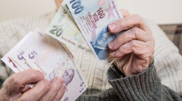 Emekliler bayram ikramiyelerini bugün alıyor