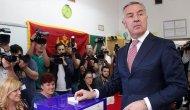 Karadağ'da Djukanovic zafer ilan etti