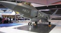 Çin'in Hayalet Uçağı Dubai'de Görücüye Çıktı