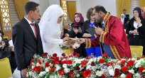 İlk kez bir müftü resmi nikah kıydı