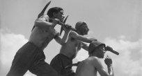 Kızıl Devrim:  Sovyet Cevherleri
