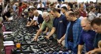 Sam Parades Saldırısının Ardından Amerika'da Silah Satışları Patladı
